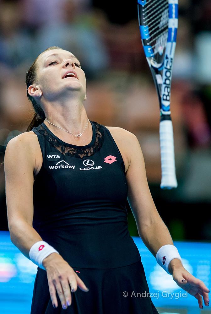 Katowice, 11.04.2015 Agnieszka Radwanska  przegrywa z Włoszką Camilą Giorgi  podczas  WTA Katowice Open w Katowicach